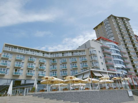 Amadore Hotel Arion