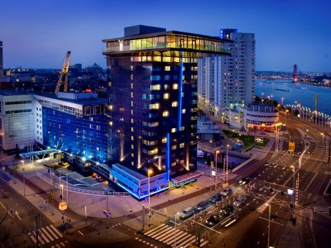 Mainport design hotel in rotterdam de beste aanbiedingen for Designhotel holland