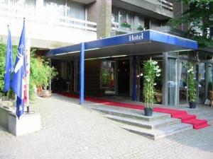 Corbie Hotel Mol