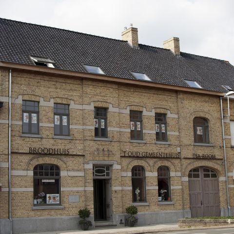 't oud gemeentehuis Poelkapelle