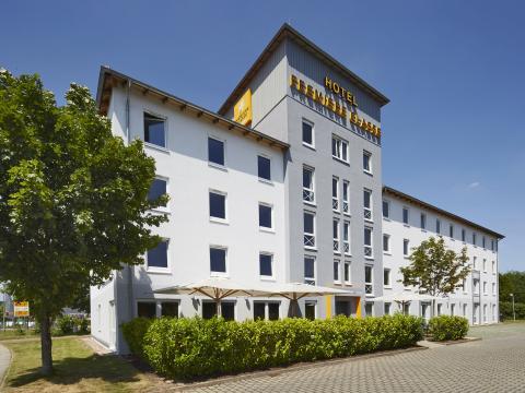 Hotel PREMIERE CLASSE BERLIN - Dreilinden