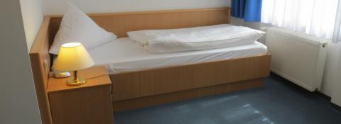 Eenpersoonskamer (half pension)