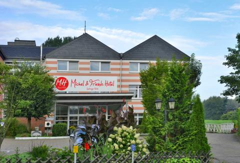 Michel & Friends Hotel L�neburger Heide