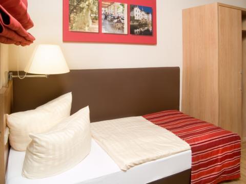 Eenpersoonskamer (halfpension)