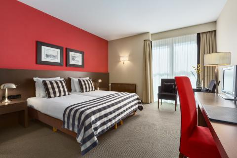 Hotel Waalwijk - room photo 8787799