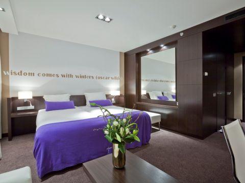 Van der valk hotel utrecht houten in houten de beste for Kamer utrecht