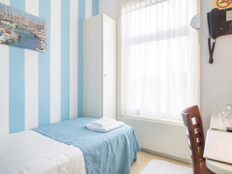 Basic eenpersoonskamer