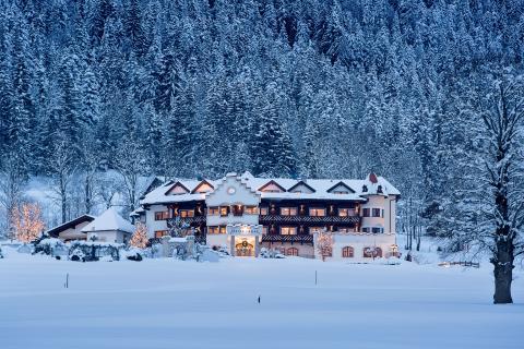 Hotel AlpenSchl�ssl